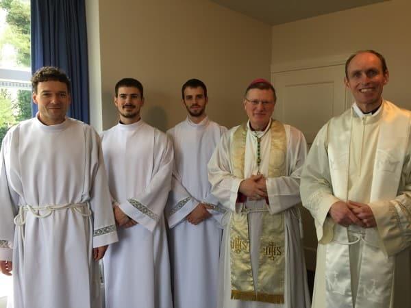 rector-jeroen-de-wit-priester-olvternood-rechts