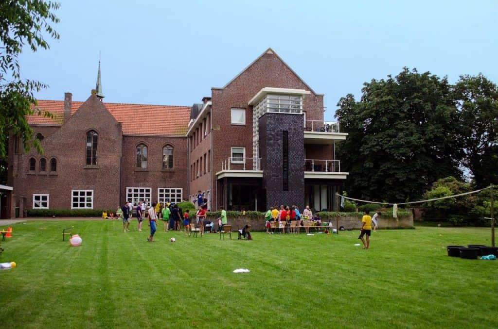 jongerenverblijf-zomerkamp-tieners-onze-lieve-vrouw-ter-nood-2
