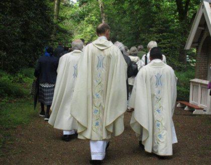 heiloo priesterzaterdag processie