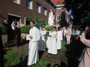 olv.ter.nood.processie.2017.06.fatima.beeld