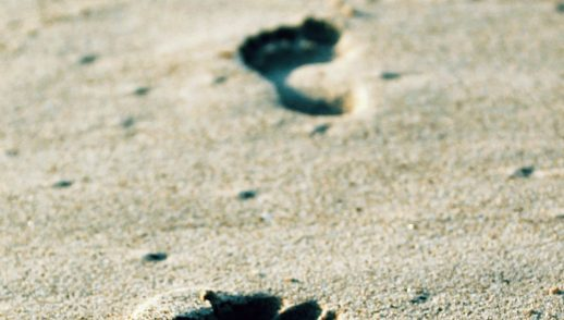onderweg-step-voeten-meditatie-olv-ter-nood-heiloo