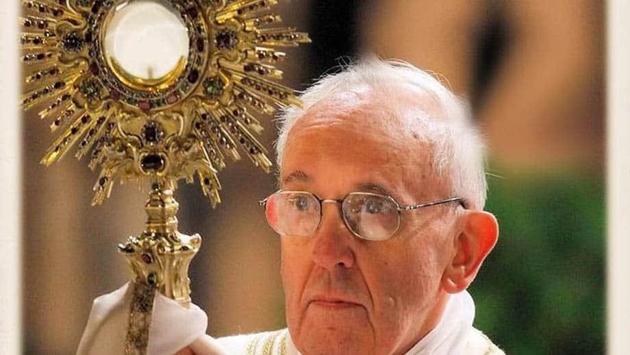 olv-ter-nood-heiloo-paus-franciscus-aanbidding-heilig-sacrament