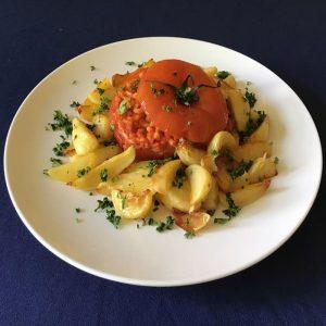 catering-gastenhuis-olv-ter-nood-roma-tradizionale-gevulde-tomaat-uit-de-oven