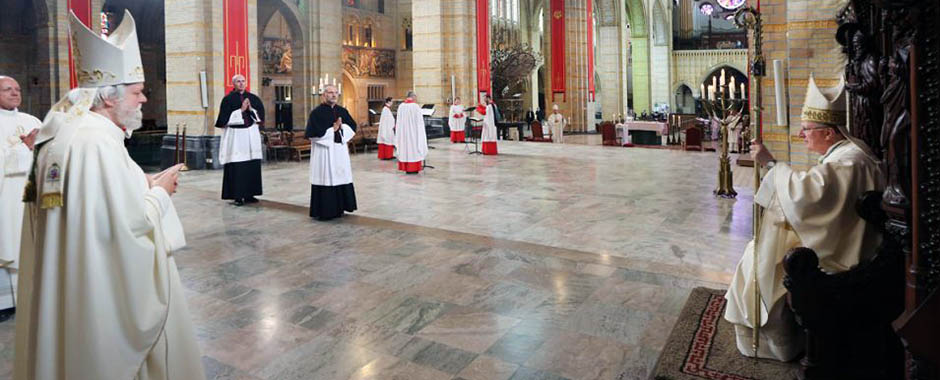 mgr-hendriks-bisschop-haarlem-amsterdam-mgr-punt-kathedraal-olv-ter-nood-heiloo