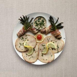 Arrosto di pollo con salsa tonnata, aparagi con spek 1